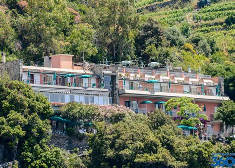 cinque terre hotels accommodations in cinque terre