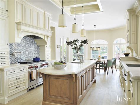 traditional kitchen tiles traditional white kitchen decorative tile backsplash 2907