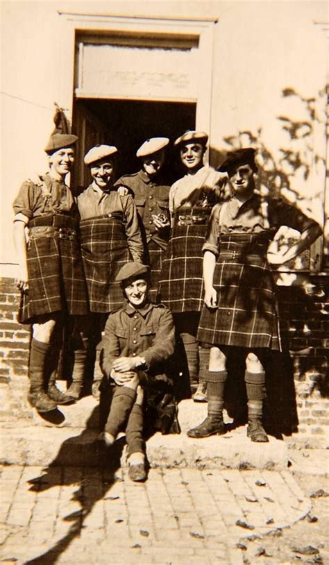 seaforth highlanders in quot one size fits all quot kilts wwi