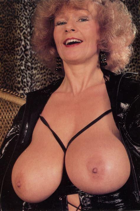 Mistress Pat Wynn Blonde Porn