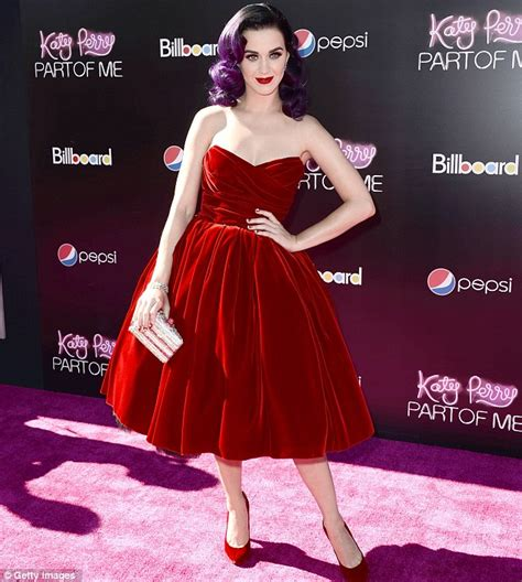 Katy Perry swaps gown for quirky popcorn skirt at Part of