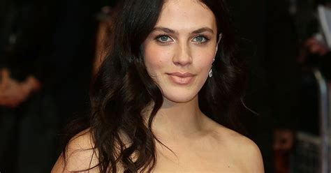actress jessica from ontario crossword jessica brown findlay sex tape downton abbey star