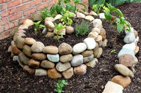 Spiral Vegetable Garden Will Completely Change Your Mind