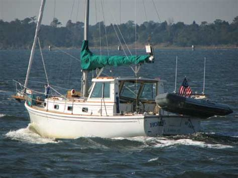 cape dory   abell maryland sailboat  sale