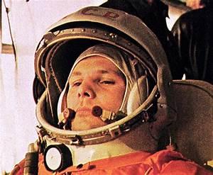 Space flutes salute Yuri Gagarin • The Register