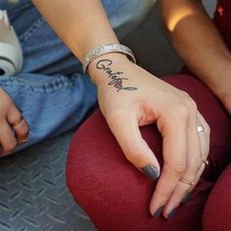 ideas inspiradoras  tatuajes en la mano