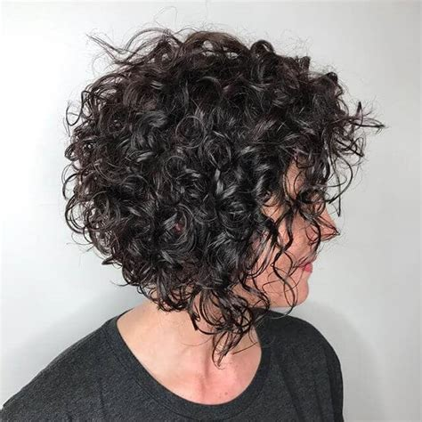 50 Short Curly Hair Ideas to Step Up Your Style Game in 2020