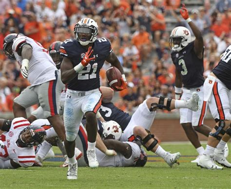 warrior kerryon johnson continues  tear