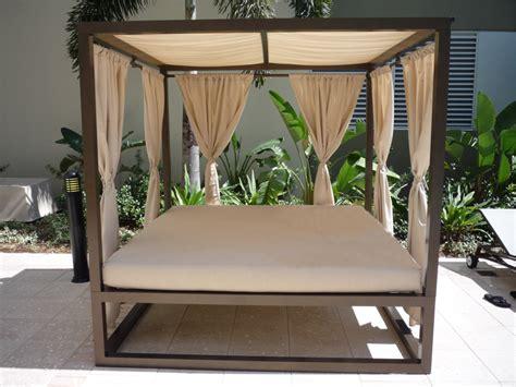 daybed  canopy   florida patio outdoor patio