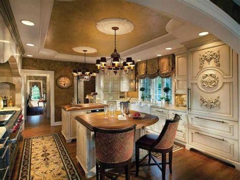 Luxury Traditional Kitchen Design Idea