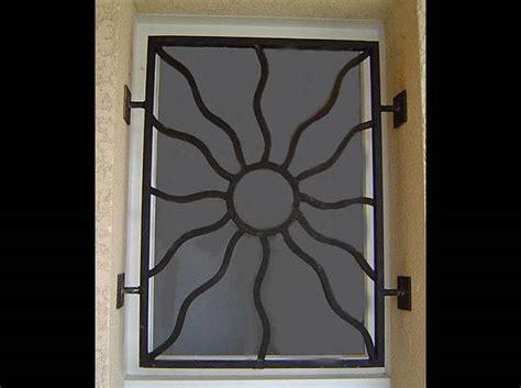 grille de defense en fer forge decoration soleil 224 toulon ferronnier var 83 ferronnerie d