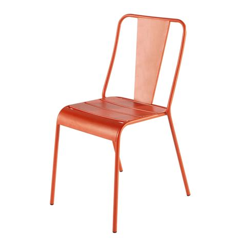 chaise de jardin orange chaise de jardin en métal orange harry 39 s maisons du monde