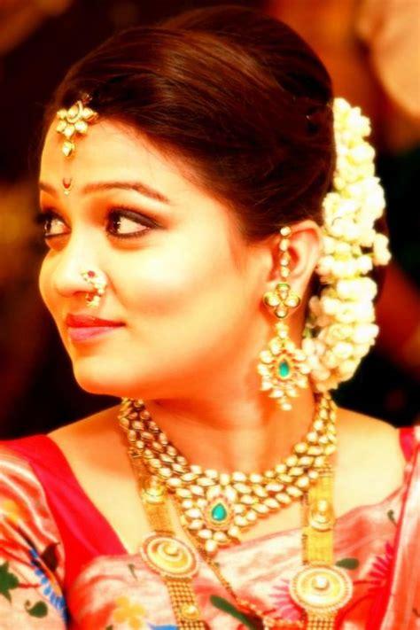 beautiful bride marathi weddings lagna