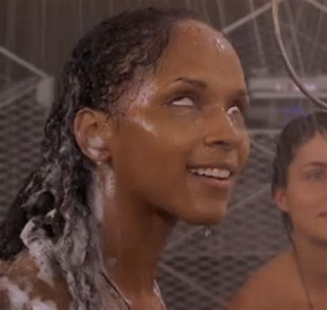Starship Troopers Shower - tv television 187 thread 71321095
