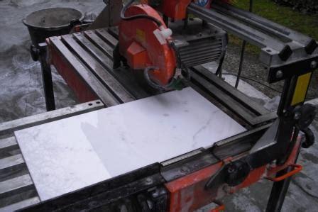 Fliesenschneider Baulexikonbaugewerbe