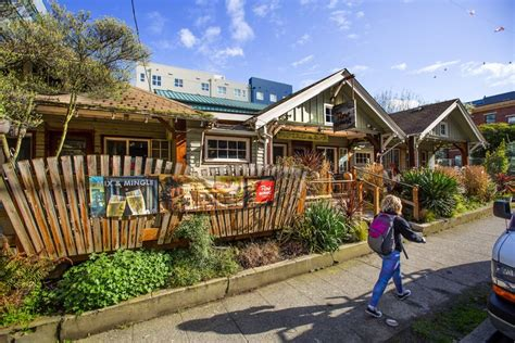 Row House Cafe, A South Lake Union Holdout, To Be Torn