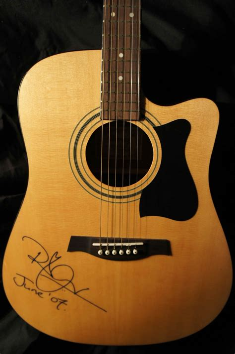 Ibanez, V70CE Dreadnought Cutaway Acoustic-Electric guitar ...