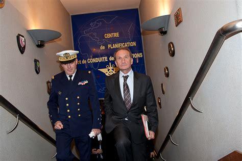 visite du ministre de la d 233 fense au cpco 02 03 2011