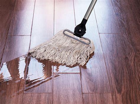 cleaning vinyl floors   step  step guide