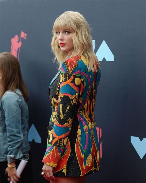 Taylor Swift : elle ressort un titre sur son ex Joe Jonas ...