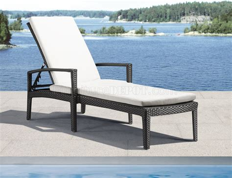 black white modern outdoor bathing lounge chair
