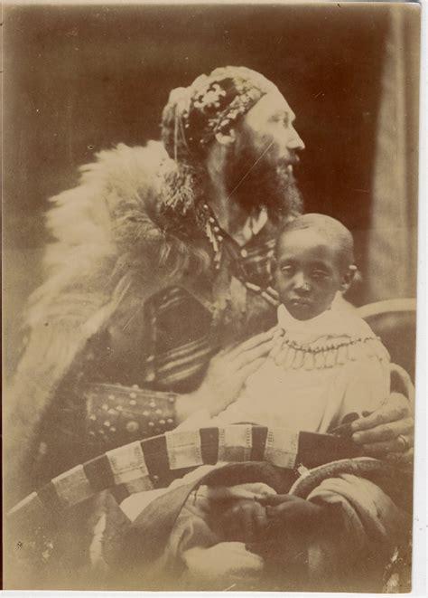 File:Capt Speedy & Prince Alamayu.jpg - Wikimedia Commons