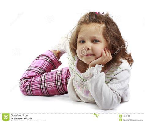 kindergeburtstag mädchen 5 jahre kleines m 228 dchen 5 jahre getrennt auf einem wei 223 en backgroun stockfotos bild 10545163