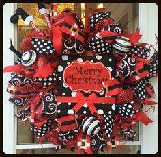 Red & Turquoise Candy Christmas Wreath Holiday Wel e
