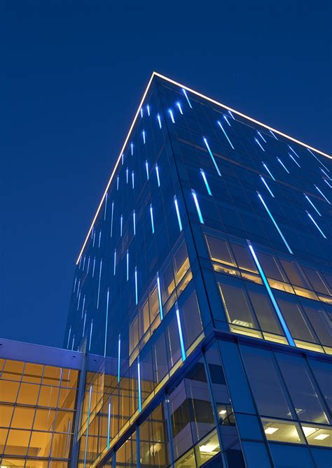 Light Center by Washington Reit S Silverline Center Quot Lights It Up Blue