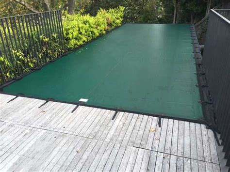 Cover-on-elevated-pool-perth