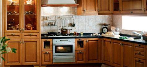 meuble sur cuisine cuisine sur mesure pas cher cuisine plan de travail