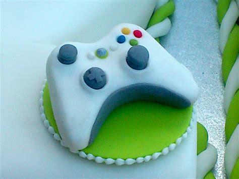 xbox  white inspired st birthday cake susies cakes