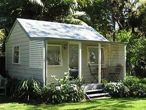 Backyard Cabins Backyard Cabins - cedar, weatherboard