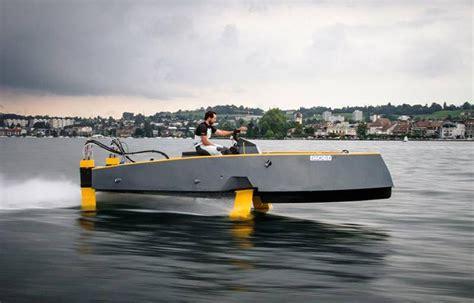 Hydros retractable hydrofoil boat   wordlessTech