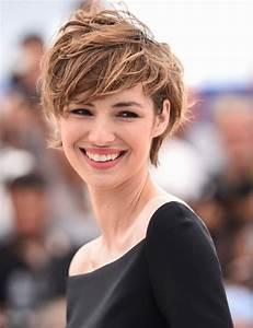 Coupes Cheveux Courts Femme : cheveux court coupe femme modele coupe de cheveux court ~ Melissatoandfro.com Idées de Décoration