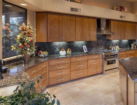 24 Beautiful Granite Countertop Kitchen Ideas   Page 2 of 5