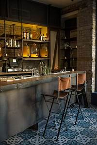 how to decorate a bar