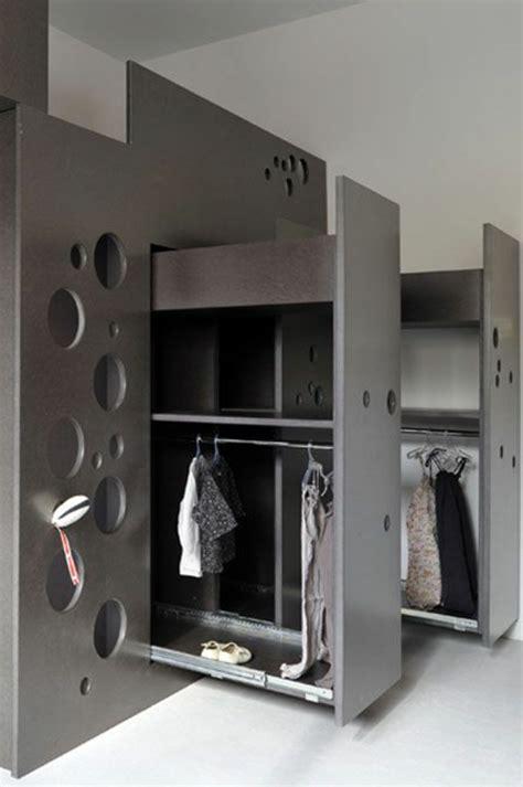 astuces rangement chambre comment bien choisir un meuble gain de place en 50 photos