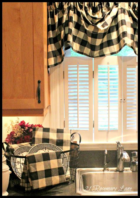 black and white check kitchen accessories 21 rosemary a few new items for my kitchen black 9266