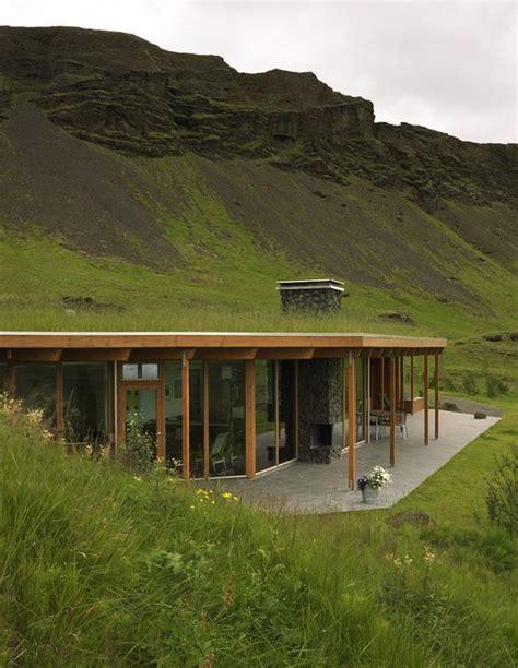 Haus Mit Grasdach by Grass Roofs Decorate My Sett