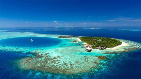eco friendly resorts   maldives