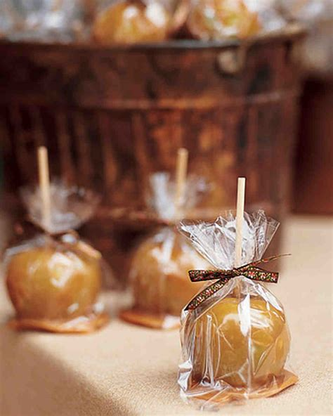 17 diy wedding place cards and place card 34 festive fall wedding favor ideas martha stewart weddings