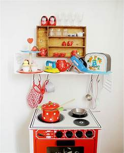 Children plays kitchens design vintage kitchens minis for Kitchen colors with white cabinets with papier cadeau noel