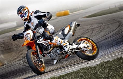 Tvs Max 125 4k Wallpapers by Ktm 690 Smc R Abs Used Bikes