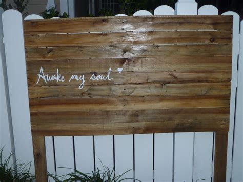 Full Size Headboard Made From Pallets Pallet Wood