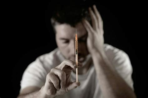 heroin addiction      addictive