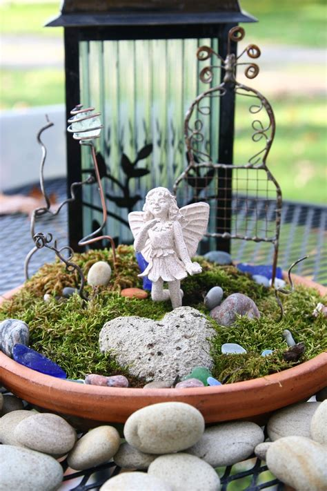terrarium moss for sale 77 best images about terrariums moss on pinterest gardens stone statues and plants