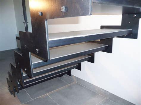 escalier m 233 cano boulonn 233 lat 233 ral en kit pr 234 t 224 poser metablok