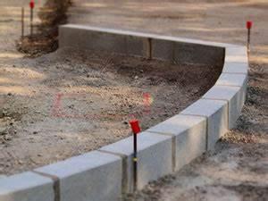 Randsteine Beton Preise : randsteine setzen tipps zum verlegen ~ Frokenaadalensverden.com Haus und Dekorationen