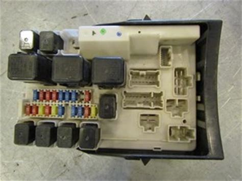 Fuse Box In Nissan 350z by 2006 Nissan 350z Grand Touring Ipdm Fuse Box 284b7 Cd016